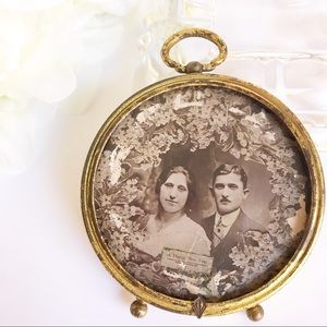 """Other - Vintage Gold Frame Man & Woman - Happy New Year 3"""""""